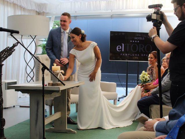 La boda de James y Izaro en Berrioplano, Navarra 21