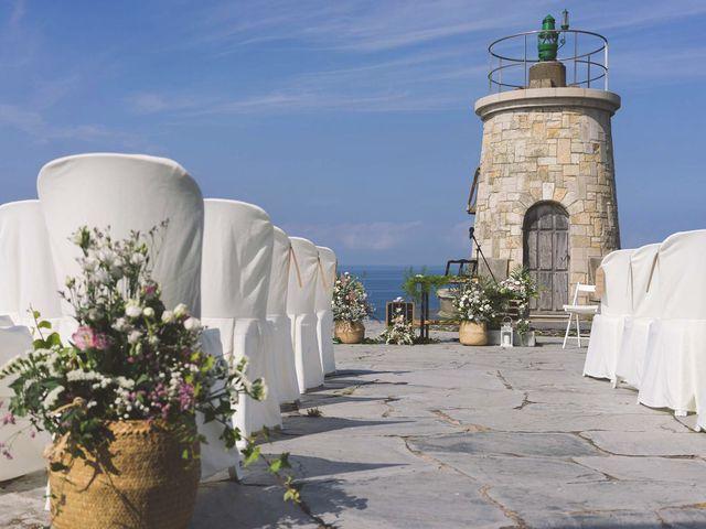 La boda de Diego y Nicole en Ortigueira, A Coruña 2