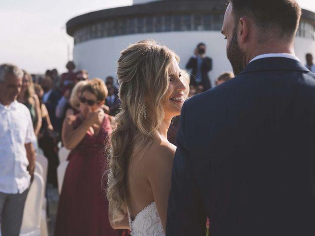 La boda de Diego y Nicole en Ortigueira, A Coruña 11