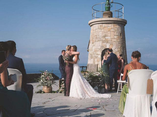 La boda de Diego y Nicole en Ortiguera (Coaña), Asturias 16