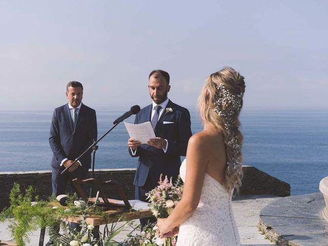 La boda de Diego y Nicole en Ortigueira, A Coruña 18