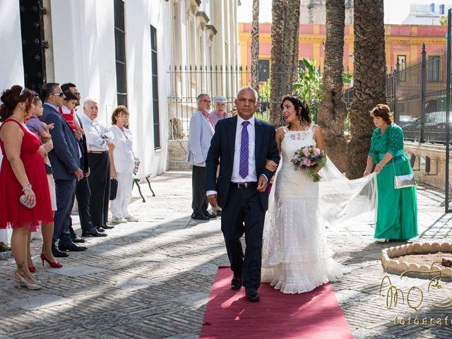 La boda de Álvaro y Didiana en Sevilla, Sevilla 1