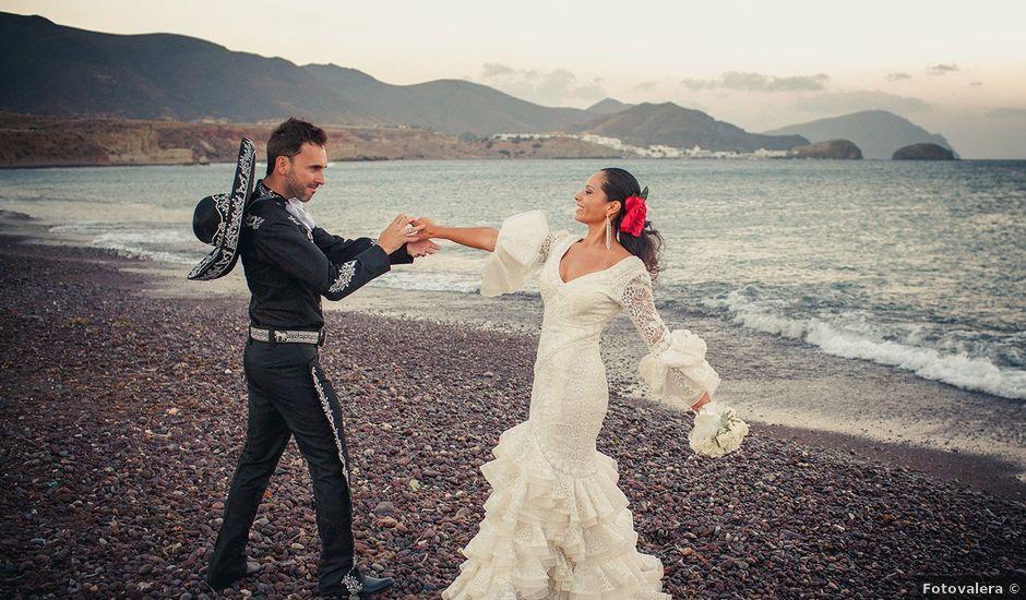 La boda de Fran y Carina en Los Escullos, Almería