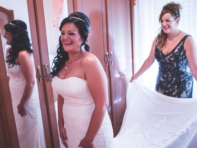 La boda de Juan Carlos y Veronica en Montbrio Del Camp, Tarragona 16
