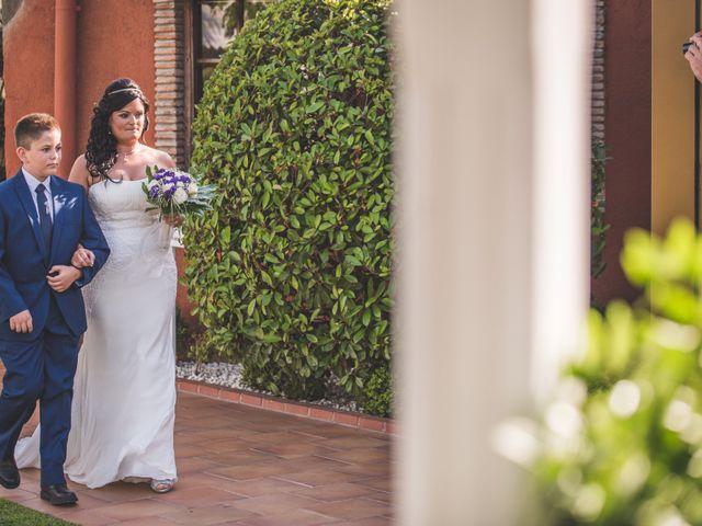 La boda de Juan Carlos y Veronica en Montbrio Del Camp, Tarragona 24