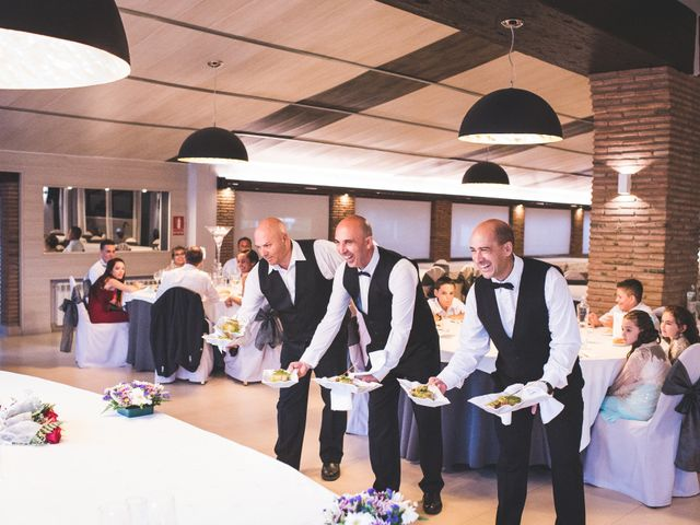 La boda de Juan Carlos y Veronica en Montbrio Del Camp, Tarragona 50