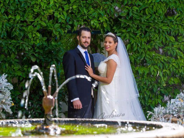 La boda de César y Gisela en La Victoria, Córdoba 3
