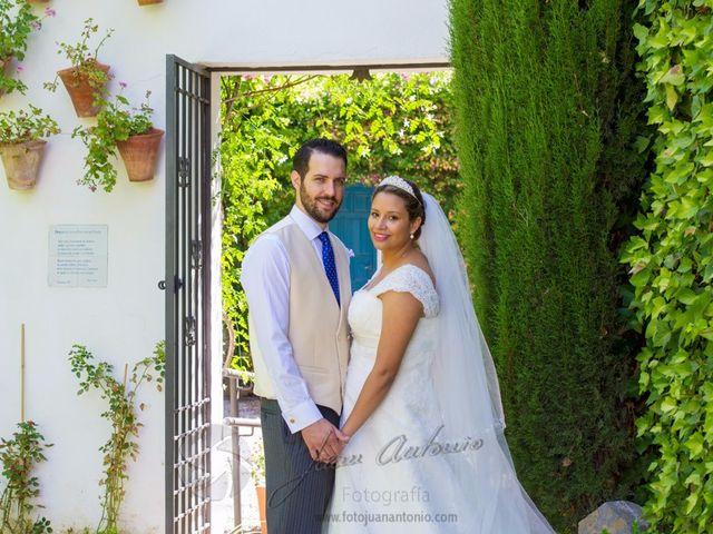 La boda de César y Gisela en La Victoria, Córdoba 9