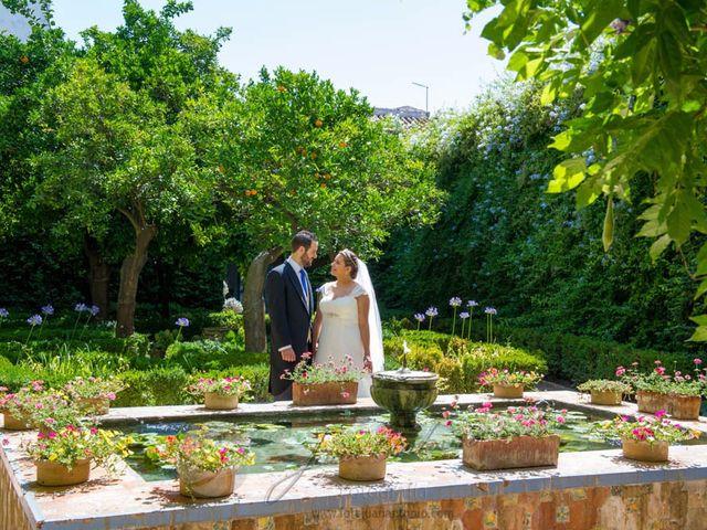 La boda de César y Gisela en La Victoria, Córdoba 11