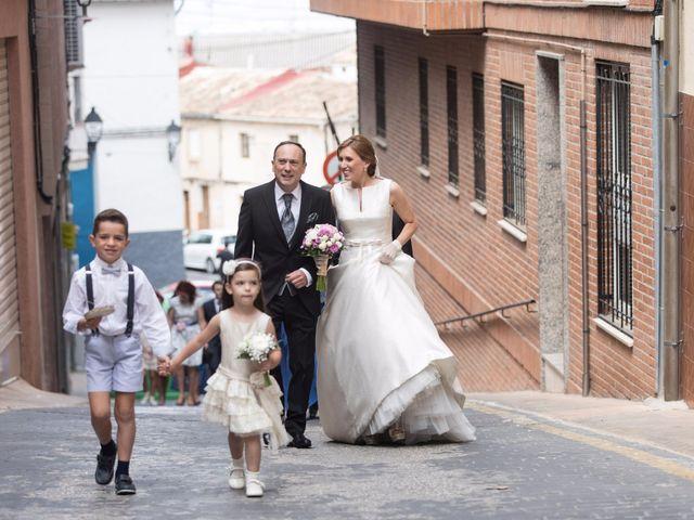 La boda de Raúl y Ana en Banyeres De Mariola, Alicante 9