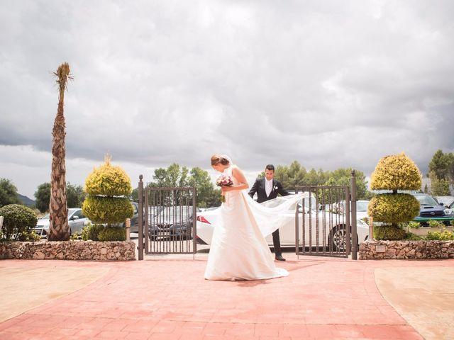 La boda de Raúl y Ana en Banyeres De Mariola, Alicante 20