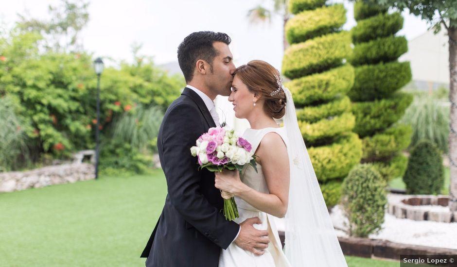La boda de Raúl y Ana en Banyeres De Mariola, Alicante