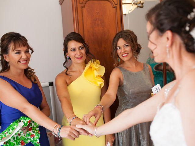 La boda de Valen y Gemma en La Roda, Albacete 15