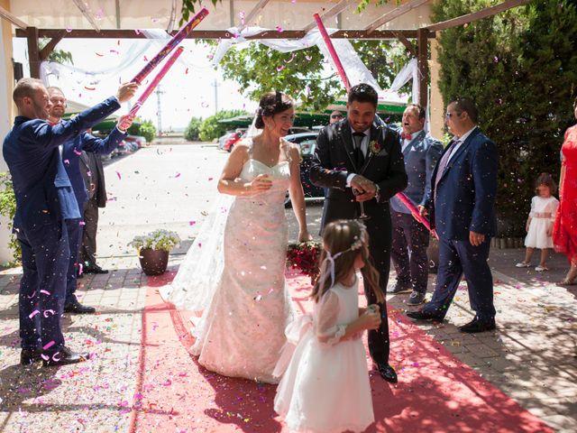 La boda de Valen y Gemma en La Roda, Albacete 16