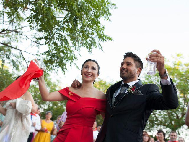 La boda de Valen y Gemma en La Roda, Albacete 21