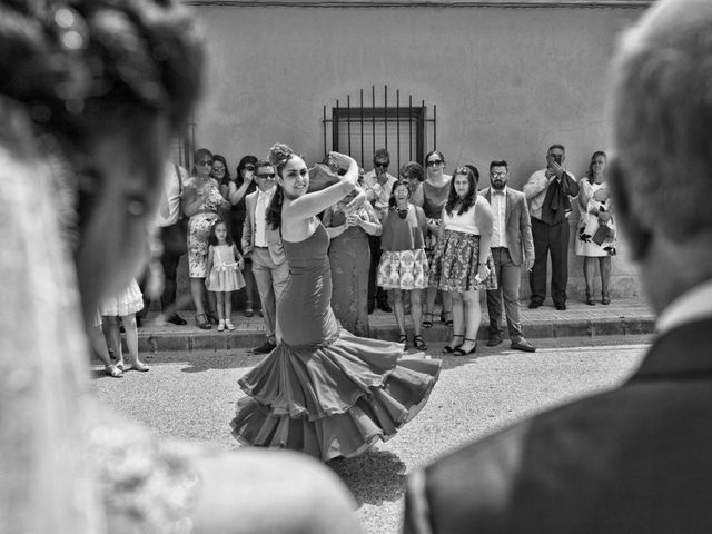 La boda de Valen y Gemma en La Roda, Albacete 26