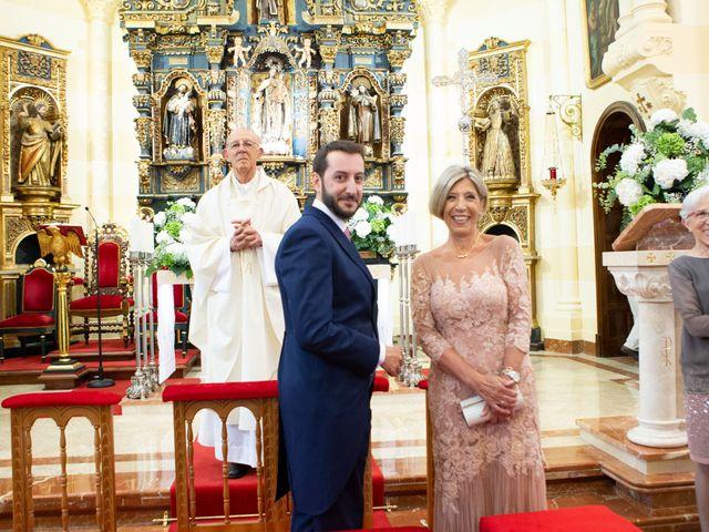 La boda de Javier y Paula en Avilés, Asturias 13