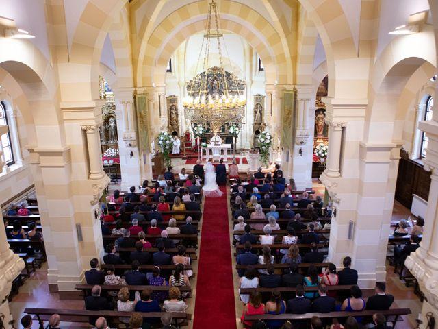 La boda de Javier y Paula en Avilés, Asturias 15