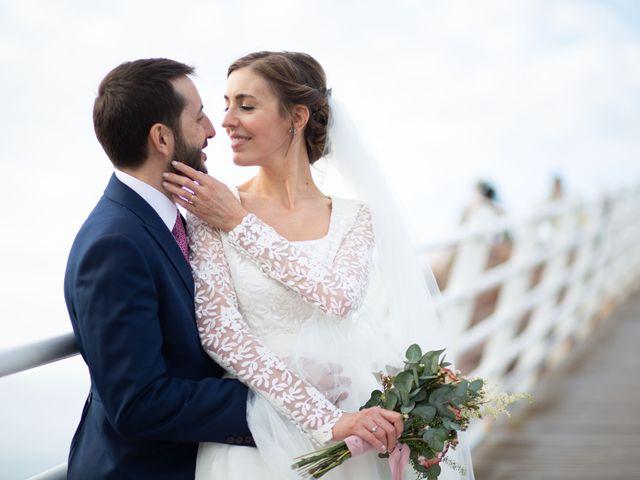 La boda de Javier y Paula en Avilés, Asturias 23