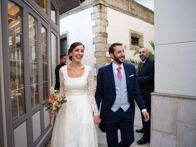 La boda de Javier y Paula en Avilés, Asturias 24