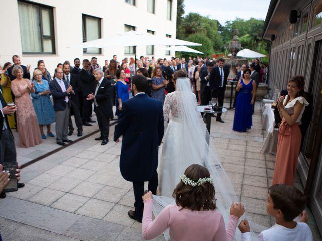 La boda de Javier y Paula en Avilés, Asturias 25