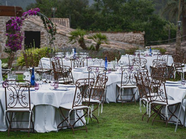 La boda de Alberto y Virginia en Puigpunyent, Islas Baleares 32