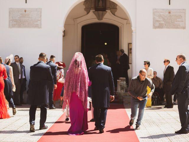 La boda de Jon y María Fernanda en Villafranca De Los Barros, Badajoz 27