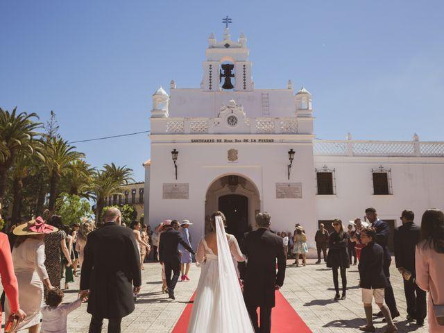 La boda de Jon y María Fernanda en Villafranca De Los Barros, Badajoz 29