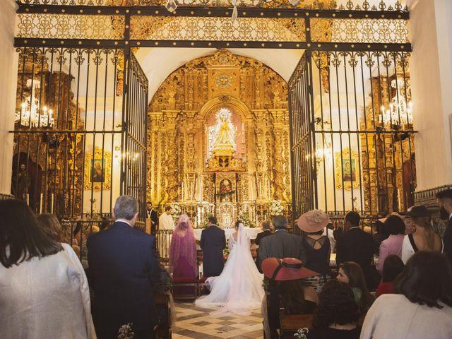 La boda de Jon y María Fernanda en Villafranca De Los Barros, Badajoz 33