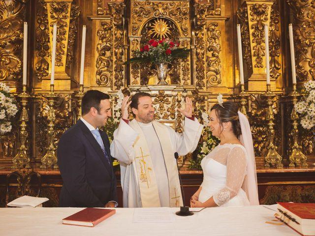 La boda de Jon y María Fernanda en Villafranca De Los Barros, Badajoz 37
