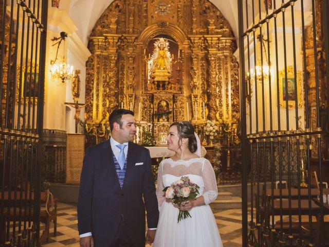 La boda de Jon y María Fernanda en Villafranca De Los Barros, Badajoz 43