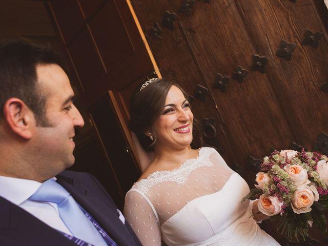 La boda de Jon y María Fernanda en Villafranca De Los Barros, Badajoz 45
