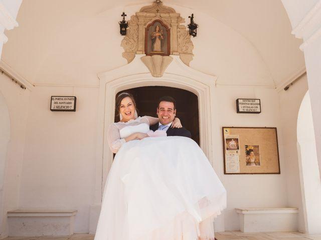 La boda de Jon y María Fernanda en Villafranca De Los Barros, Badajoz 51