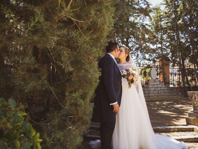 La boda de Jon y María Fernanda en Villafranca De Los Barros, Badajoz 52