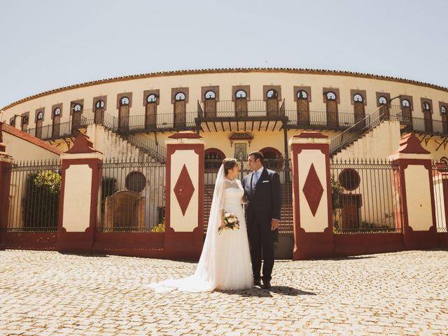 La boda de Jon y María Fernanda en Villafranca De Los Barros, Badajoz 57