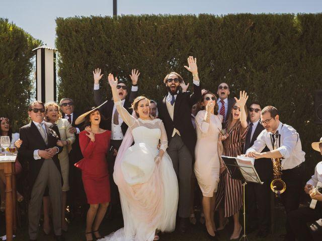 La boda de Jon y María Fernanda en Villafranca De Los Barros, Badajoz 63