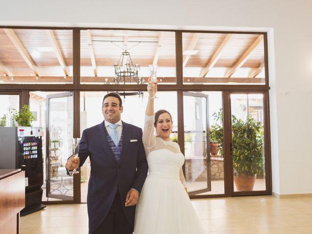 La boda de Jon y María Fernanda en Villafranca De Los Barros, Badajoz 64