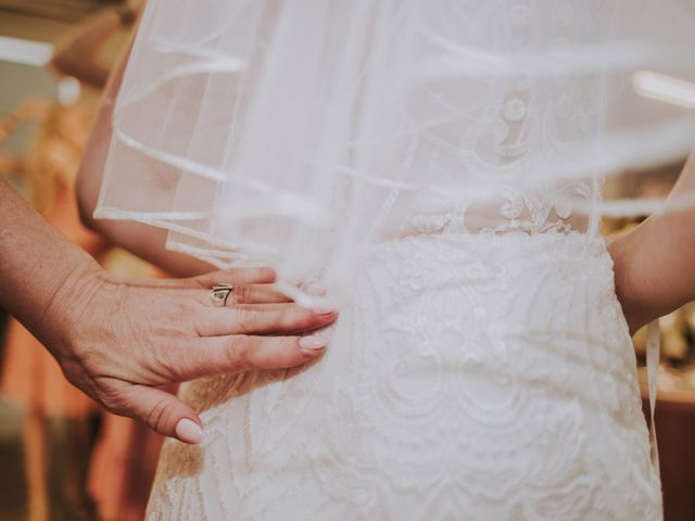 La boda de David y Daiva en Sant Marti De Tous, Barcelona 17