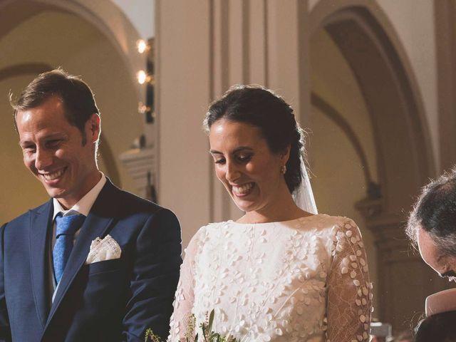 La boda de Martín y Lucía en Navia, Asturias 17