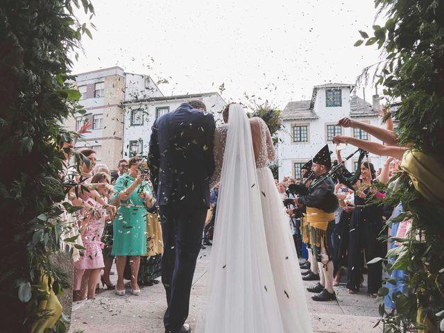 La boda de Martín y Lucía en Navia, Asturias 22