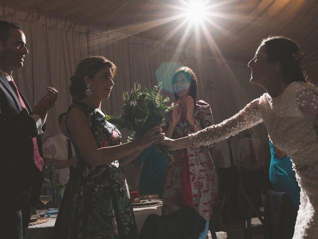 La boda de Martín y Lucía en Navia, Asturias 36