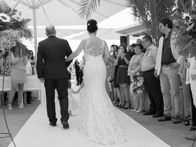 La boda de Javier y Chari en Alacant/alicante, Alicante 15