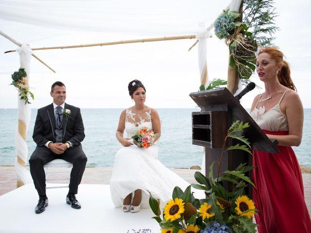La boda de Javier y Chari en Alacant/alicante, Alicante 18