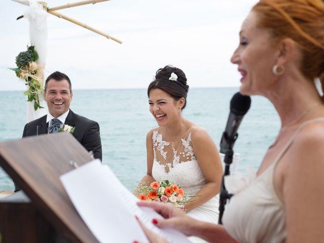 La boda de Javier y Chari en Alacant/alicante, Alicante 19