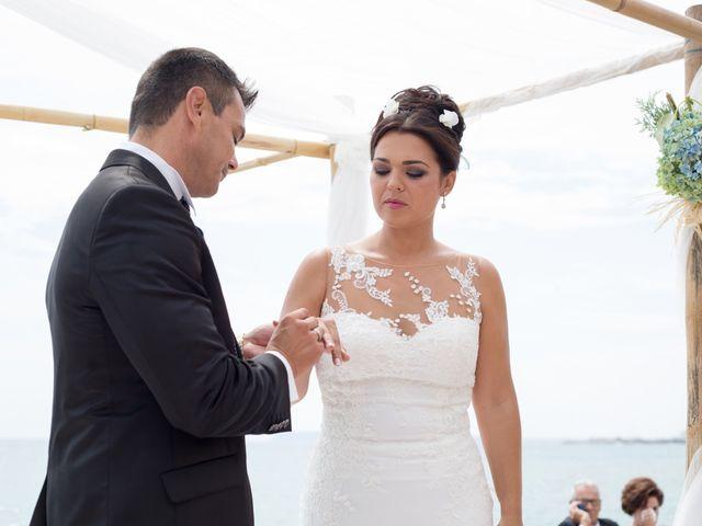 La boda de Javier y Chari en Alacant/alicante, Alicante 21