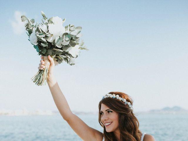 La boda de Fearghal Mckiernan y Alejandra Hernández  en La Manga Del Mar Menor, Murcia 5