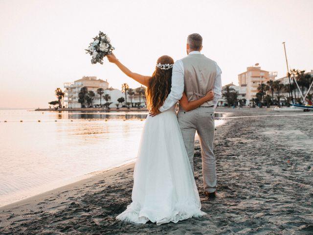 La boda de Fearghal Mckiernan y Alejandra Hernández  en La Manga Del Mar Menor, Murcia 2