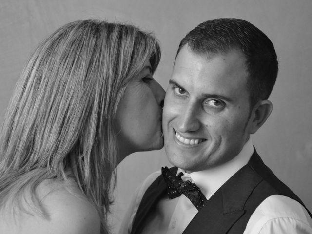 La boda de Miguel y Carol en L' Hospitalet De Llobregat, Barcelona 15