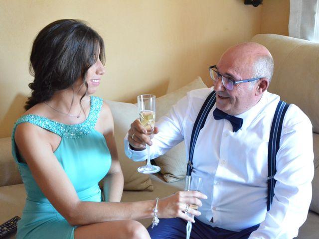 La boda de Miguel y Carol en L' Hospitalet De Llobregat, Barcelona 23