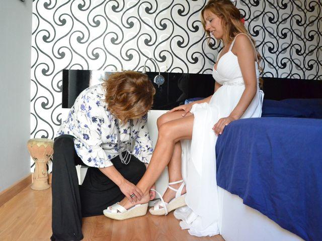La boda de Miguel y Carol en L' Hospitalet De Llobregat, Barcelona 35